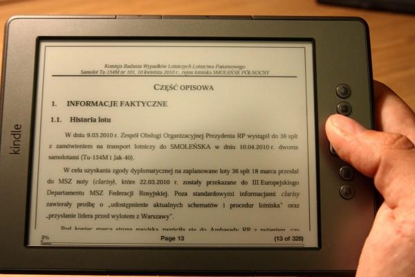 Trzymanie Kindle przy czytaniu PDF