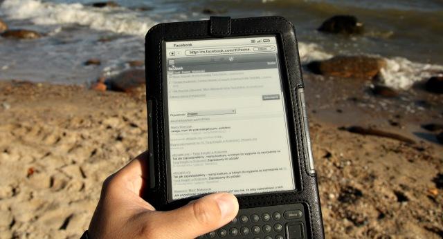 Kindle zFacebookiem nadBałtykiem