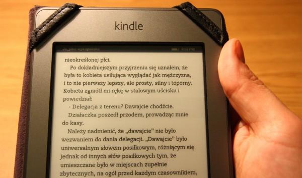 Kindle Touch wręku