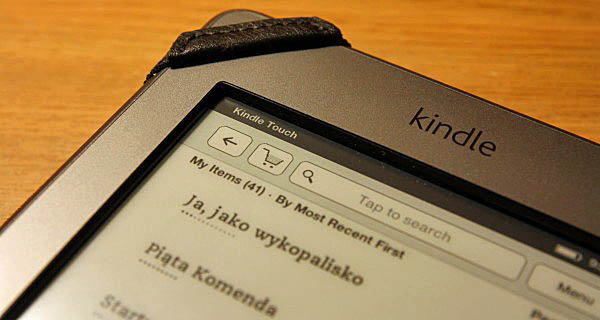 Górny lewy róg Kindle Touch