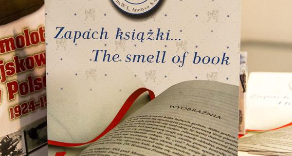 zapach-ksiazki