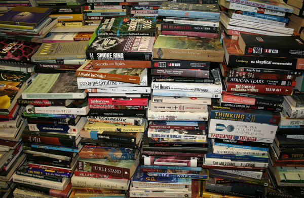 1024px-Goulds_Book_Arcade_BookStack