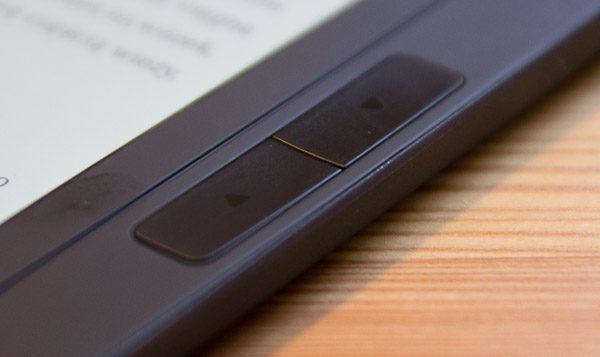 pocketbook-inkpad-2-przyciski